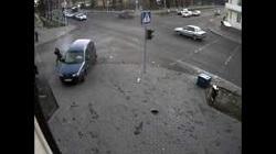 Пешеходы чудом не пострадали